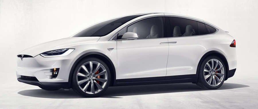 nuova Tesla Model X 2016