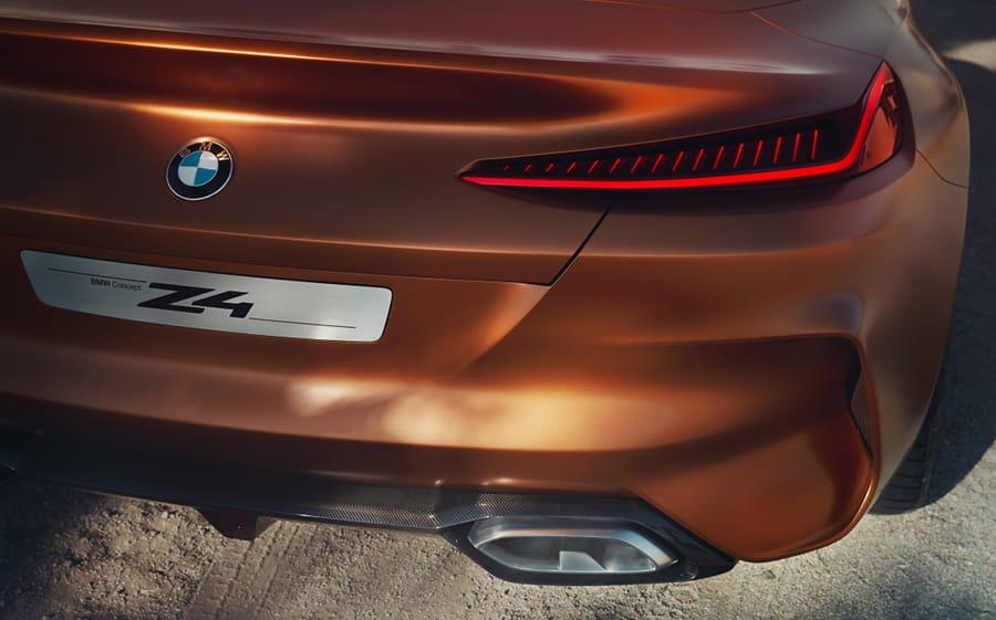 BMW Z4 immagini e foto dal deserto