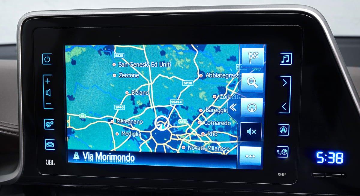 navigatore satellitare con connessione internet